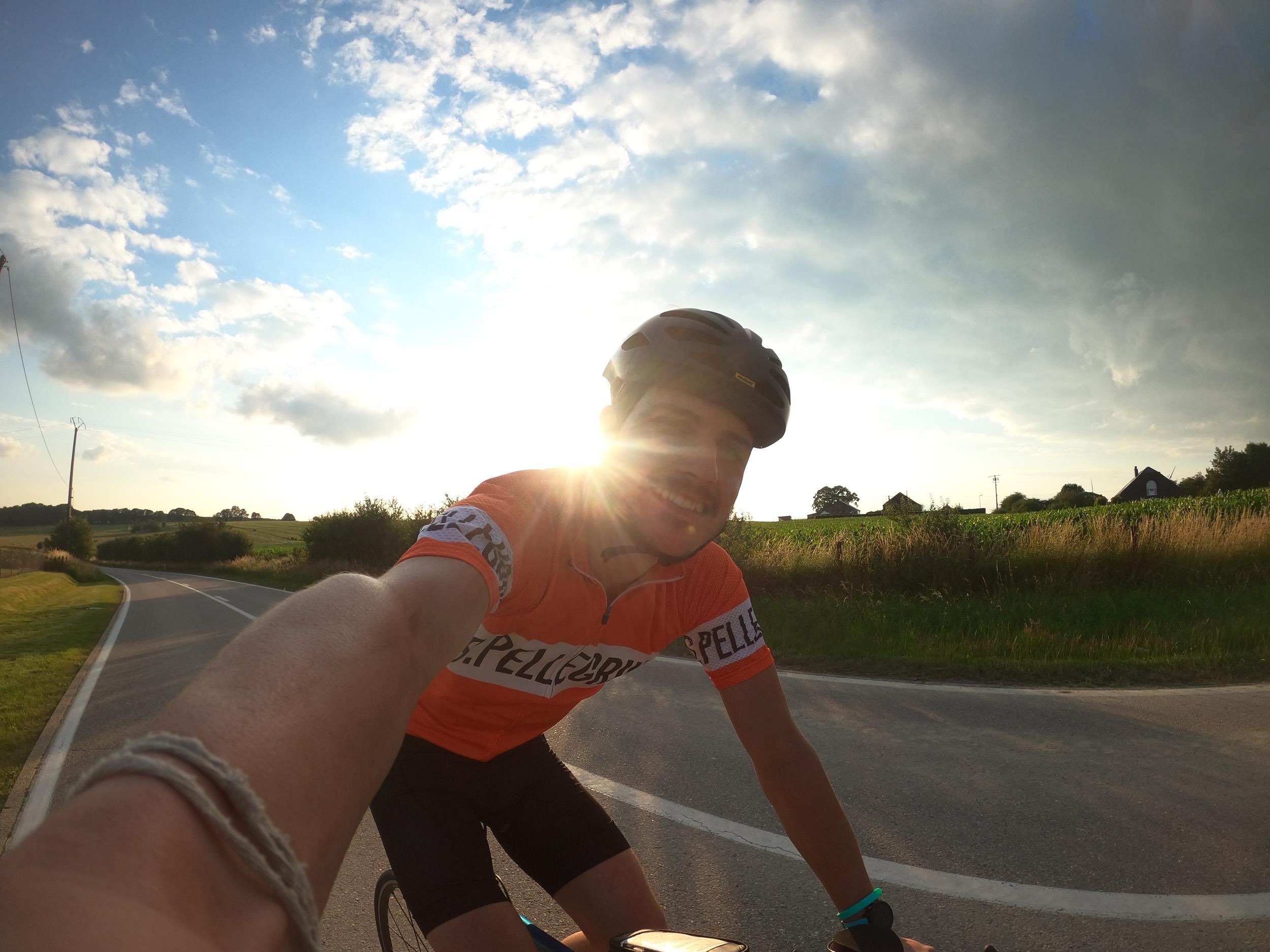 780 km  de bike-packing en 3 jours : J'enchaine Bastogne-Liège, Flèche Wallonne et le Tour des Flandres